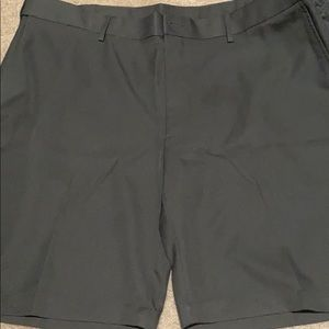Men's Shorts Charcoal PGA Polyester Never Worn 42